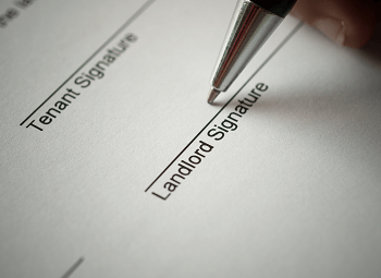 Form with a spot for a tenant signature and a landlord signature
